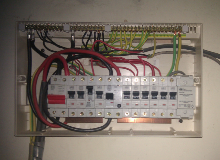 consumerunit cu wiring photo? wylex consumer unit wiring diagram at nearapp.co